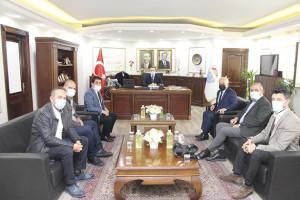 YTSO Heyeti, Yalova Belediye Başkanı Mustafa Tutuk'u ziyaret etti.